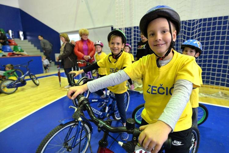 Djecja_olimpijada_biciklizam (2)