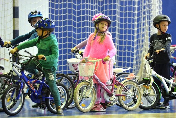 Djecja_olimpijada_biciklizam (8)